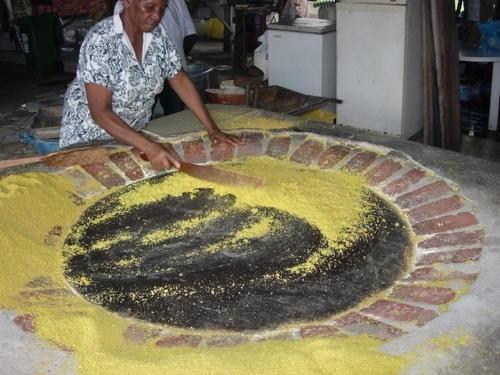 cuisson du manioc pour faire du couac