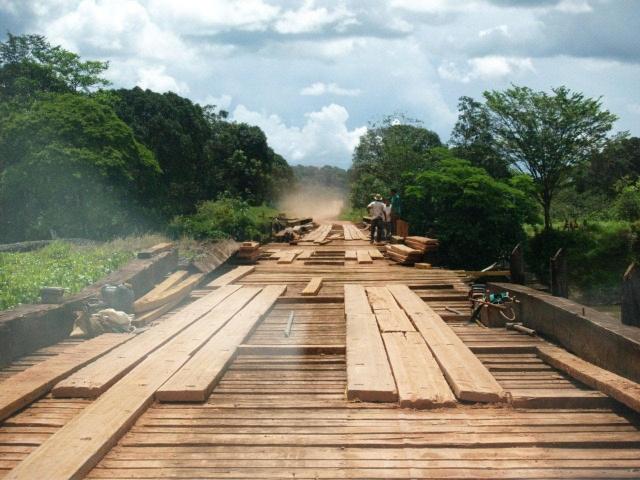 pont sur le BR156