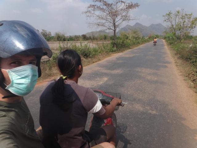 en route pour Minzee village
