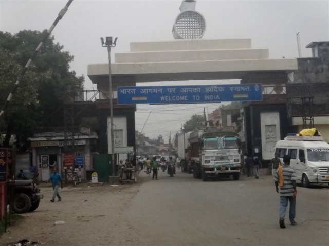 Frontière à Sunauli, Népal-Inde.