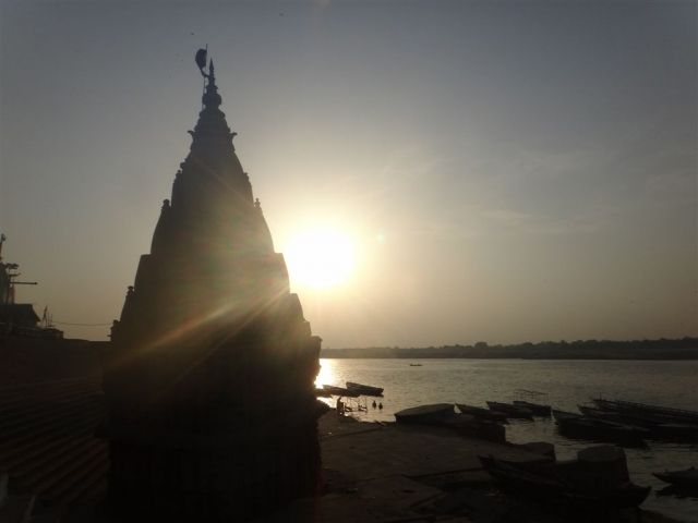 Couché de soleil sur le Gange