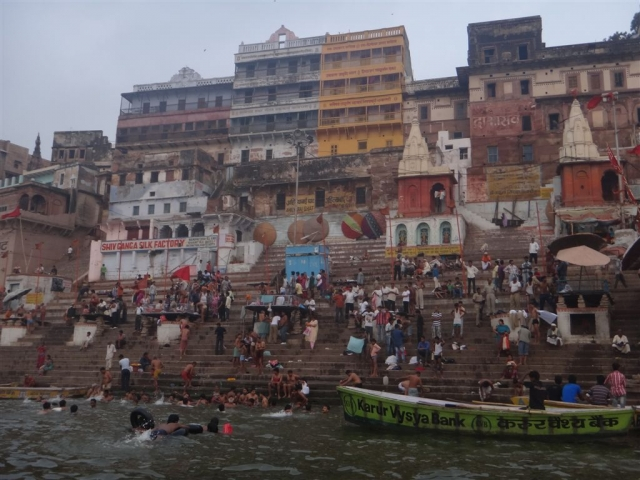 Vie sur les ghats...