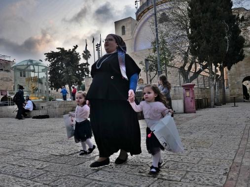 Dans le quartier Juif, juste avant l'heure du shabbat - Jérusalem