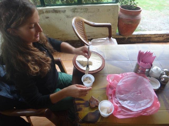 Dégustation du yaourt de Bhaktapur