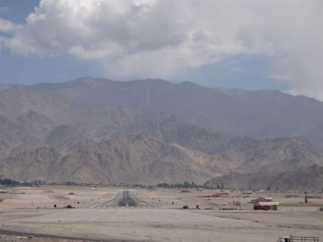 Aéroport de Leh