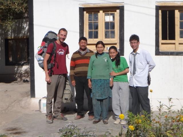 Famille qui nous a hébergé à Stok