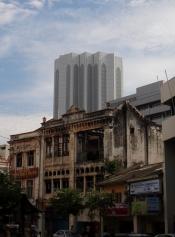 Contraste d'une ville moderne