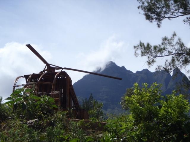 Hélicoptère en osier