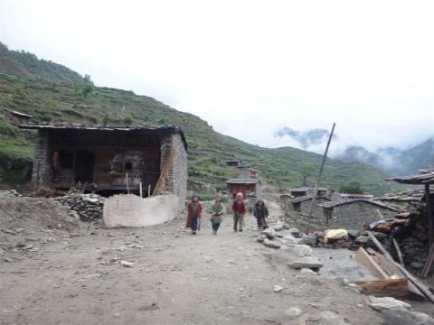 Comité d'accueil au village de Gatlang.