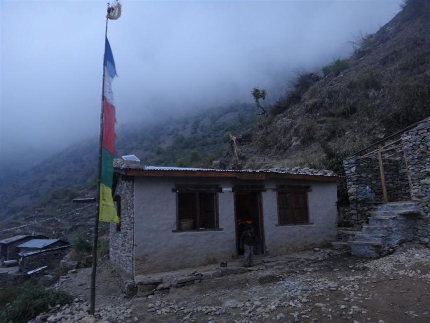 Maison où est célébré la Puja.