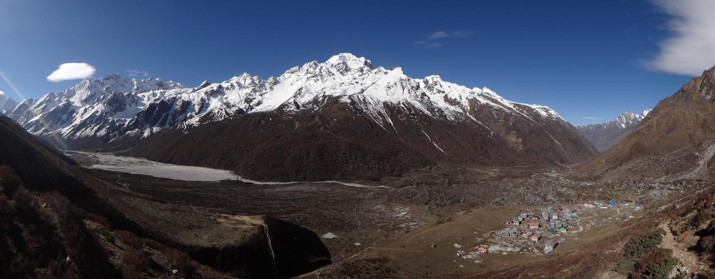 Vue sur la vallée du Langtang
