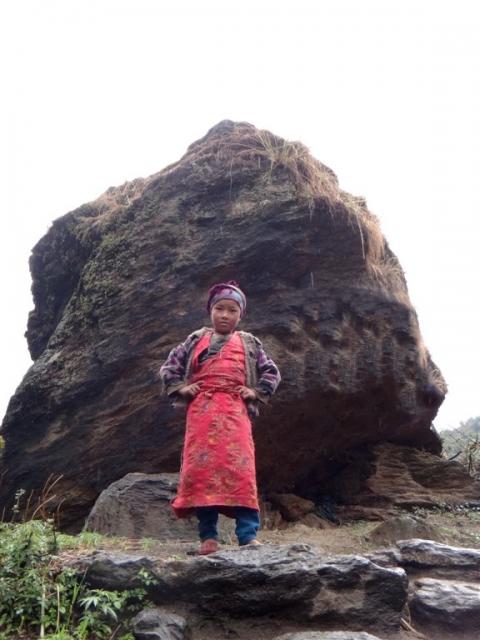 Enfant en habit traditionnel.