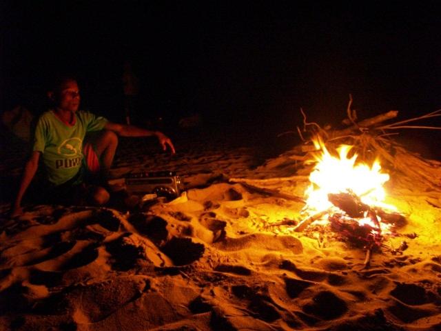 feu de camp sur la tsiribihina