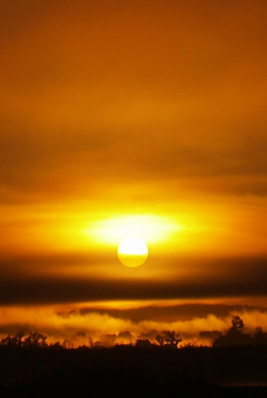 coucher de soleil sur la tsiribihina