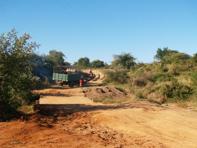 Sur la piste de Belo-sur-Tsiribihina vers Bekopaka